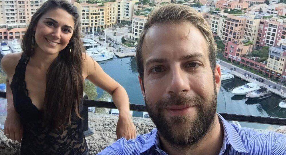 Vangelis Antonakos and his wife Amalia Kolovou