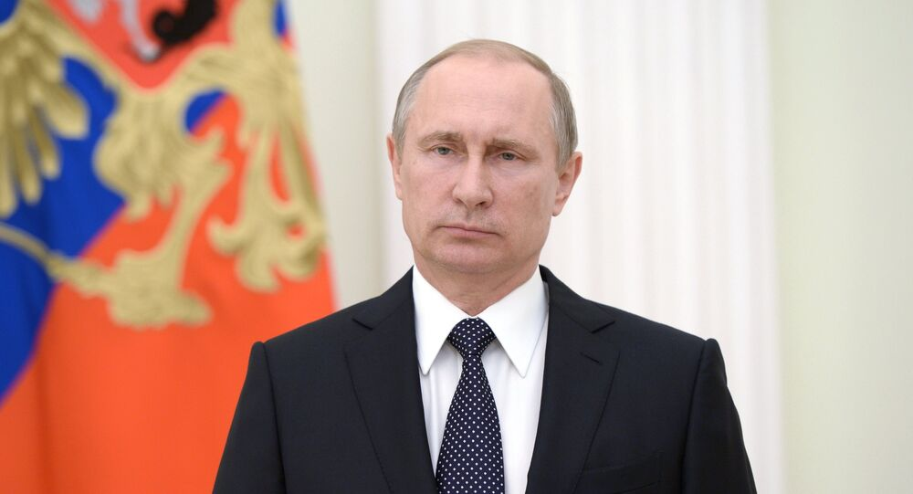 Russian president Vladimir Putin has expressed his condolences to president Hollande and French people vie TV address after deadly truck attack in Nice.