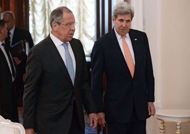 Foreign Minister Sergei Lavrov meets with US Secretary of State John Kerry