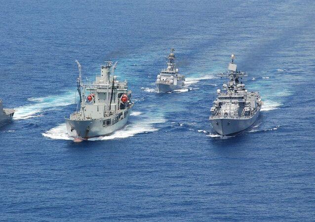 India sends three naval ships to Malaysia