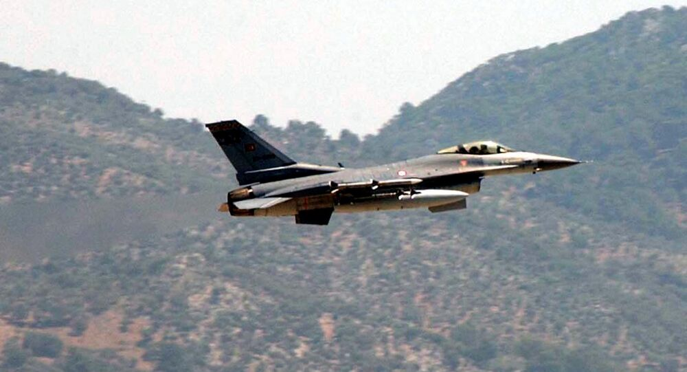 A Turkish Air Force F-16 fighter jet