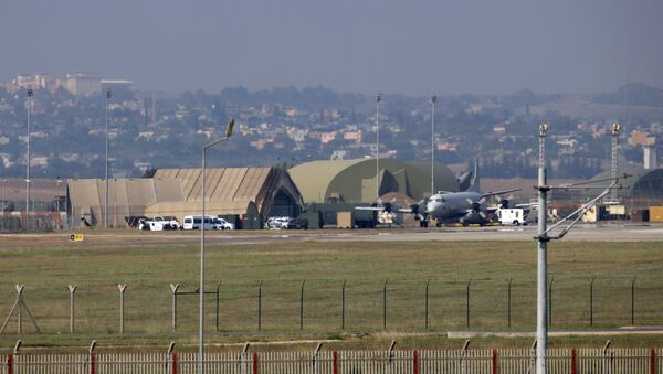 A military aircraft is pictured on the runway at Incirlik Air Base, in the outskirts of the city of Adana, southeastern Turkey - Sputnik International
