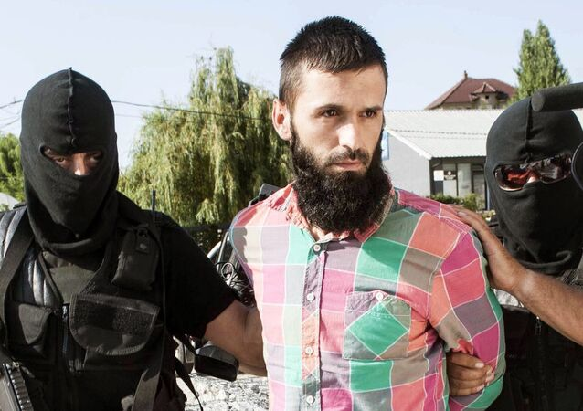 Capturing a jihadist in Kosovo (File)