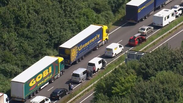 Part of the miles long queue of traffic outside Dover, England, waiting to cross the English Channel into France - Sputnik International