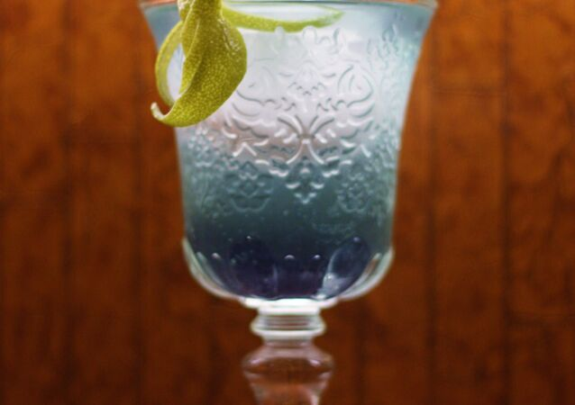 Blue/Squirtle: 25ml Belvedere Vodka, 5ml Lime Juice, 5ml Violet Liqueur topped with Fever Tree Lemonade.