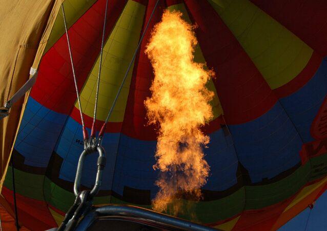 Air Balloon fire