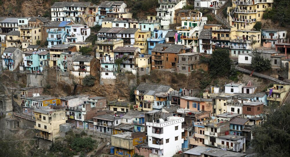 A view of the houses in Devprayag, Uttarakhand state, India