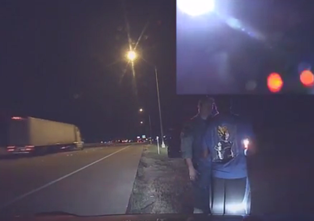 Texas Officer Pulled Over by Motorist for Speeding, Officer Apologizes (VIDEO)
