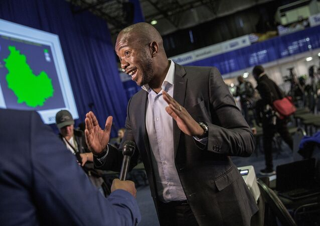 South African main opposition Democratic Alliance (DA) party leader Mmusi Maimane speaks to journalists at the Independent Electoral Commission Counting center on August 4, 2016 in Pretoria, South Africa, a day after South African municipal elections