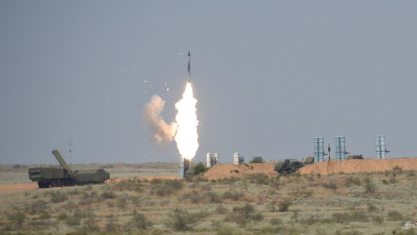 S-300 anti-aircraft missile system during the Keys to the Sky international competition held as part of the International Army Games - 2016 at the Ashuluk training ground - Sputnik International
