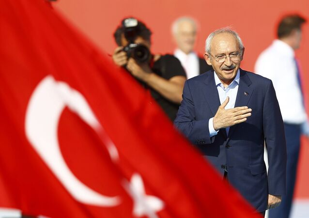 Turkey's main opposition Republican People's Party (CHP) leader Kemal Kilicdaroglu attends Democracy and Martyrs Rally, organized by Turkish President Tayyip Erdogan and supported by ruling AK Party (AKP), oppositions Republican People's Party (CHP) and Nationalist Movement Party (MHP), to protest against last month's failed military coup attempt, in Istanbul, Turkey, August 7, 2016