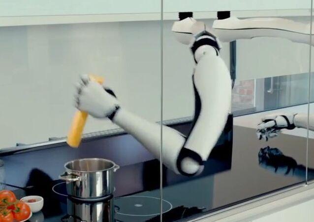 Meet World's First Robotic Kitchen