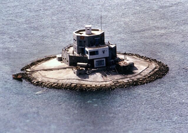 Aerial view of a concrete structure which the Philippine military has identified as a Vietnamese fortification built on South Reef, one of the many islets, shoals and reefs located in the disputed Spratly Islands (File)