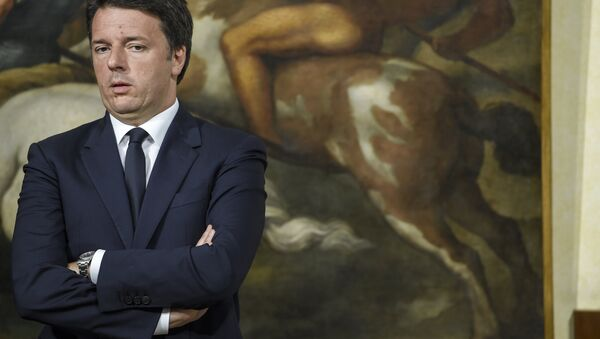 Italian Prime Minister Matteo Renzi speaking during a press conference at the Palazzo Chigi in Rome on June 20, 2016 after Italy's populist movement notched up spectacular gains at the municipal elections - Sputnik International