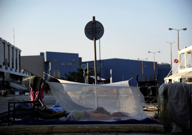 A makeshift tent at the camp outside the disused Hellenikon airport, where stranded refugees and migrants are temporarily accommodated in Athens, Greece, August 10, 2016
