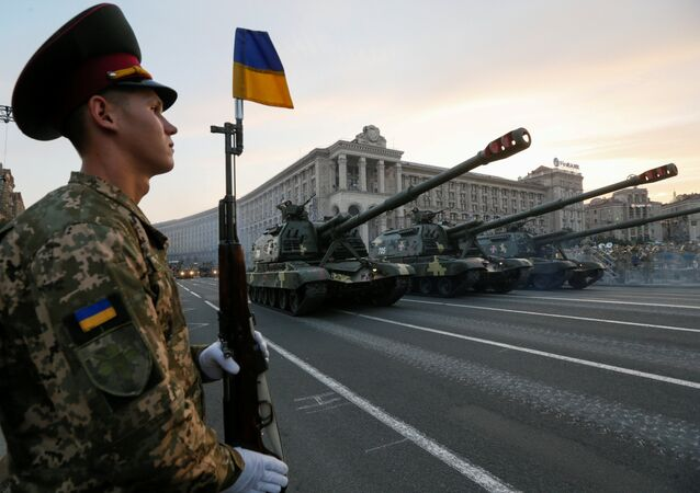 Self propelled howitzers drive during a rehearsal for the Independence Day military parade in the centre of Kiev, Ukraine, August 19, 2016