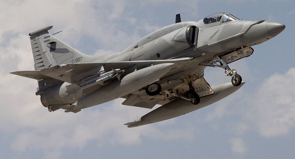 Argentina Air Force McDonnell Douglas A-4AR Fightinghawk
