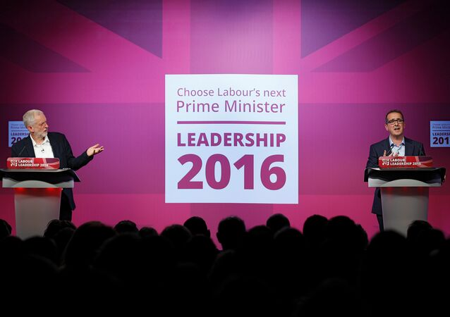 Labour Party leader Jeremy Corbyn (L) and challenger Owen Smith debate in a hustings event of the Labour leadership campaign in Birmingham, Britain, August 18, 2016.