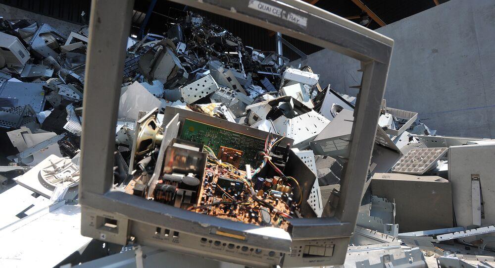 Computer waste
