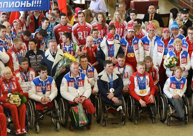 Meeting Paralympics medalists in Moscow