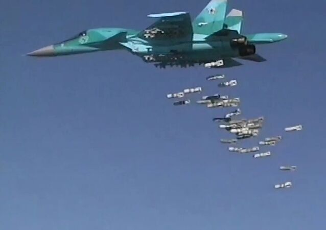 Russia's Sukhoi Su-34 Fullback tactical bombers strike ISIS sites in Syria