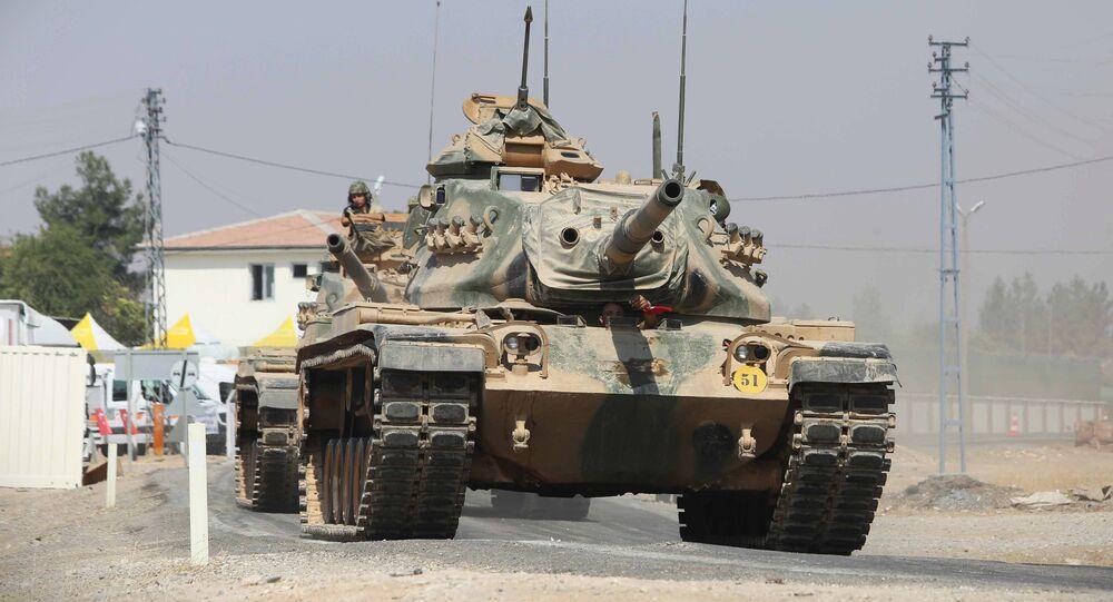 Turkish tanks and armored vehicles in Jarabulus