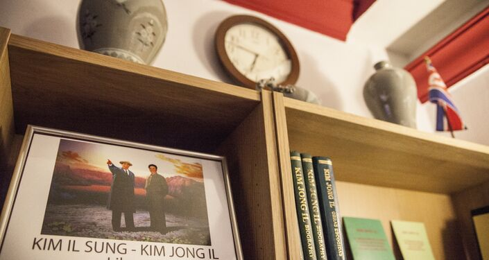 A small library with Korean books in the cafe