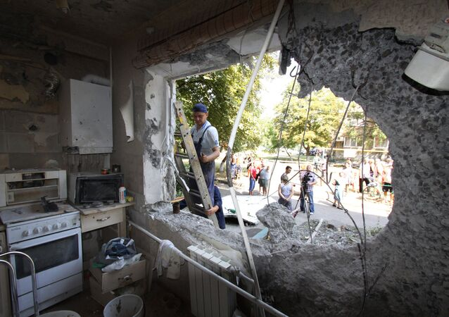 An apartment in a five-storied residential building in Yasinovataya, Donbass, damaged in shelling by Ukrainian army. (File)