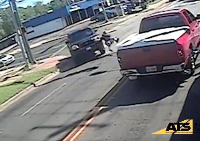 Texas Kid Falls Victim to Hit-and-Run Driver