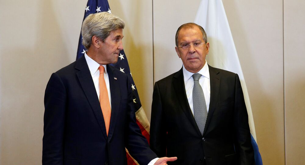 US Secretary of State John Kerry (L) and Russian Foreign Minister Sergei Lavrov meet in Geneva, Switzerland, to discuss the crisis in Syria, September 9, 2016.