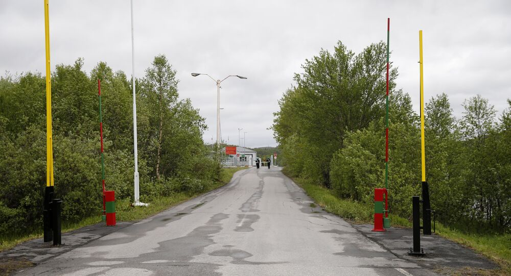 This June 6, 2013 picture shows the Storskog border crossing between Norway and Russia near the Norwegian town of Kirkenes in the far north of the country