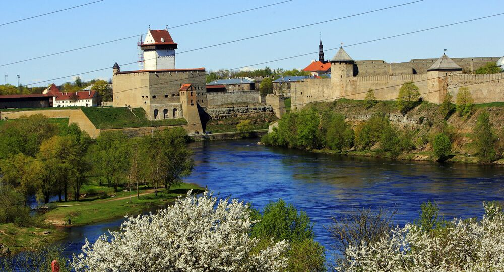 The Narva fortress, left, on Estonian territory and Ivangorod fortress on the territory of Russian, right.