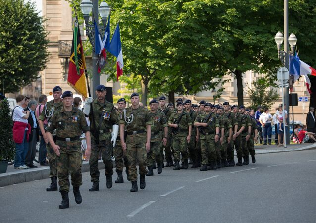 Detachment of the 291st Franco-German Brigade in Strasbourg Republic Square during the parade of July 13, 2013