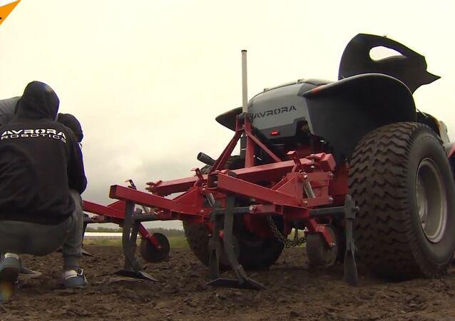 Russians Create an Agrorobot that Makes Farming Pleasure
