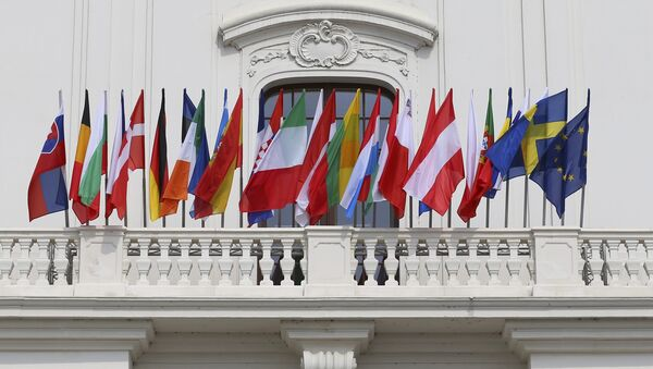 European Union countries flags are seen at the Bratislava Castle (Hrad) during the European Union summit- the first one since Britain voted to quit- in Bratislava, Slovakia, September 16, 2016 - Sputnik International