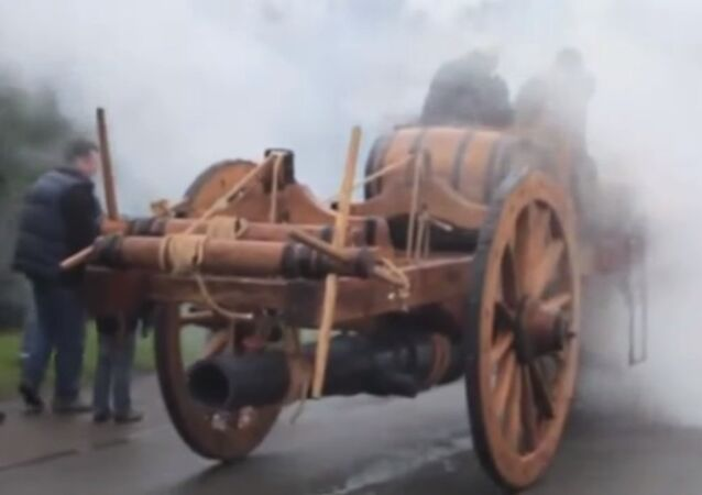 Steam-powered vehicle in action