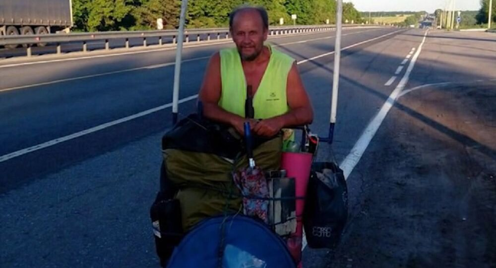 A senior citizen from Saratov Vladimir Ponomarev