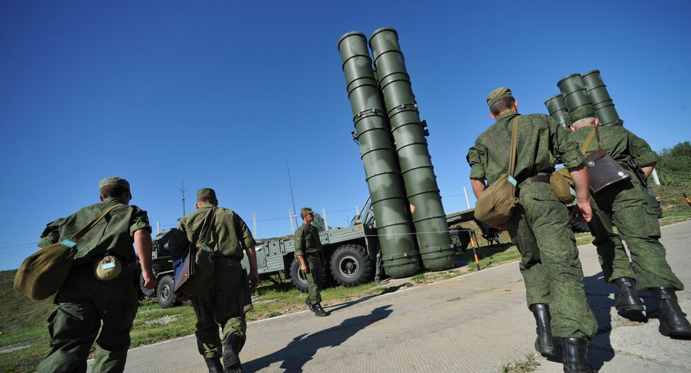 C-400 Triumph missiles protect air lines of Moscow and central industrial regions of Russia
