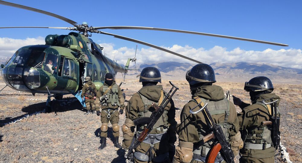 SWAT units of the Kyrgyz National Guard during the CSTO rapid deployment force military exercise, Frontier 2016, in Kyrgyzstan