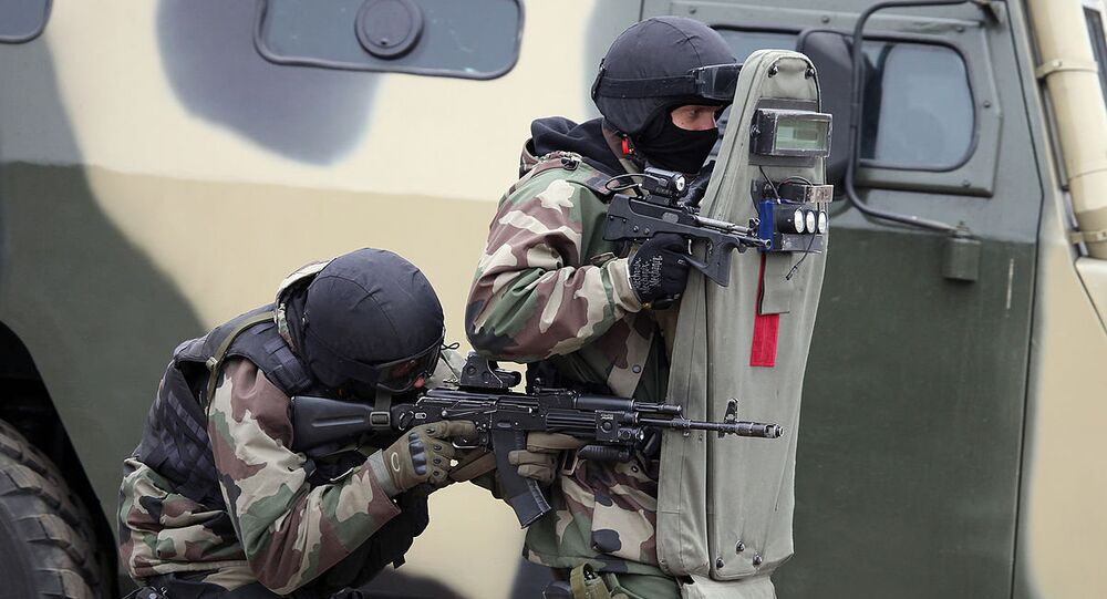 The PP-2000, a submachine gun that weighs a little more than an ultrabook computer, will soon be put into service by the Russian National Guard, according to the newspaper Rossiyskaya Gazeta