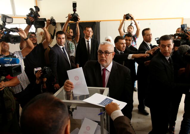 Abdelillah Benkirane, secretary-general of the Islamist Justice and Development party (PJD), casts his ballot at a polling station in Rabat October 7, 2016