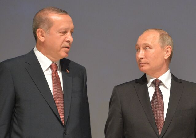 Presidents Vladimir Putin of Russia and Recep Tayyip Erdogan (left) of Turkey attending the participants photography session at the 23rd World Energy Congress in Istanbul, October 10, 2016.