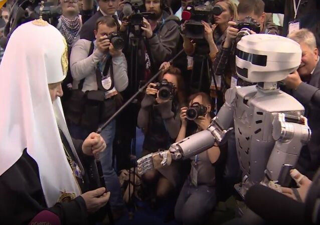 Fedor Android Robot Meets Patriarch Kirill At Orthodox Student Forum