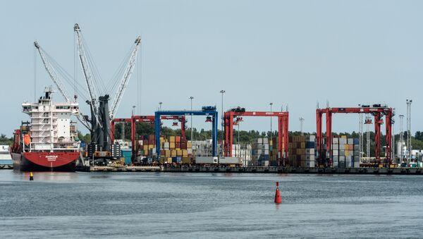 A commercial terminal at the Baltiysk Port, Kaliningrad region. - Sputnik International