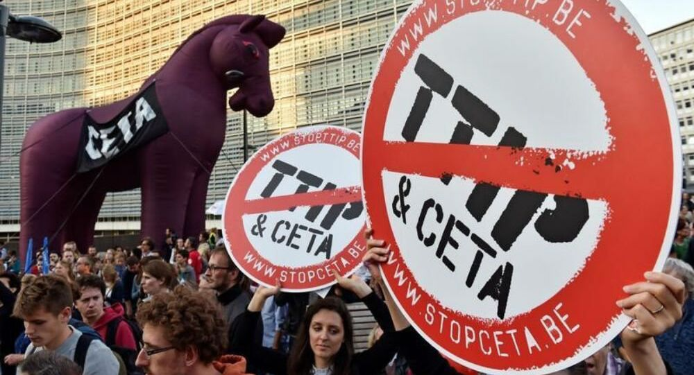 Thousands of people demonstrate against the Transatlantic Trade and Investment Partnership (TTIP) and the EU-Canada Comprehensive Economic and Trade Agreement (CETA) in the centre of Brussels, Belgium September 20, 2016