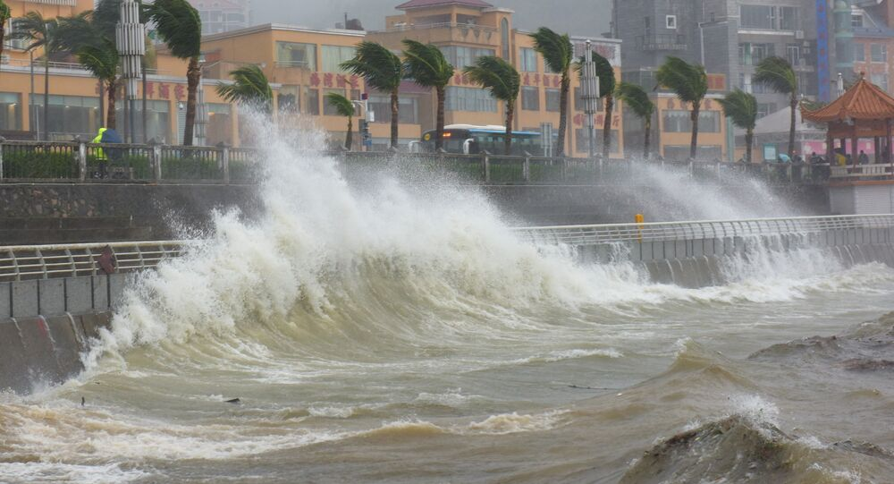 Waves triggered by Typhoon Haima crash against the shore in Shenzhen, China, October 21, 2016. Picture taken October 21, 2016