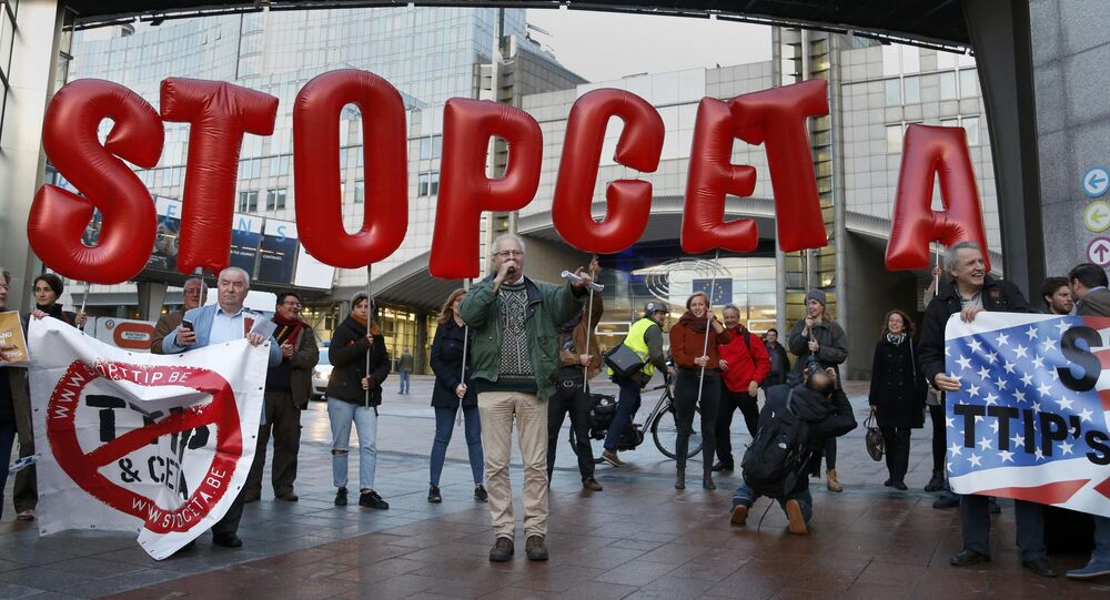 Demonstrators protest against CETA outside the EU summit in Brussels, Belgium, October 20, 2016