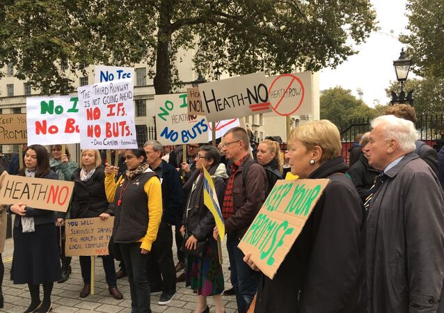 Protest in London against the decision to expand Heathrow airport