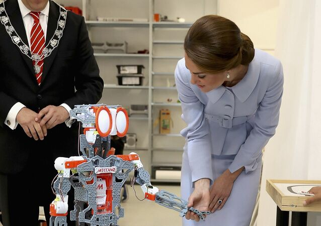 Britain's Catherine, Duchess of Cambridge attends a robotics class at Bouwkeet workshop project for teenagers, Netherlands October 11, 2016.