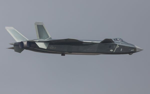 China unveils its J-20 stealth fighter during an air show in Zhuhai, Guangdong Province, China, November 1, 2016. - Sputnik International